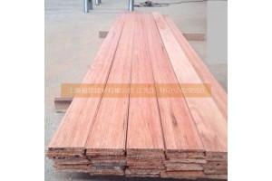 北京柳桉木原木多少钱一立方柳桉木价格板材加工